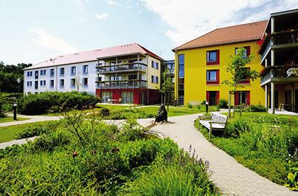 pflegezentrum am kurpark unser haus pflegeeinrichtungen in bad schmiedeberg. Black Bedroom Furniture Sets. Home Design Ideas